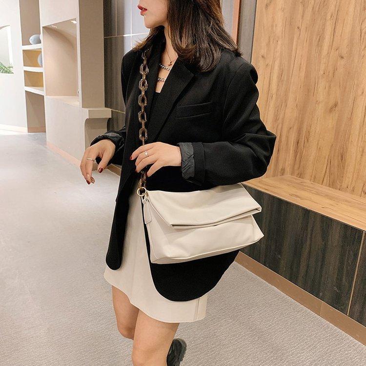 New Quality Soft Leather Ladies Shoulder Bag 2020 Winter Large Capacity Messenger Bag Fashion Ladies Handbag Underarm Bag C0315