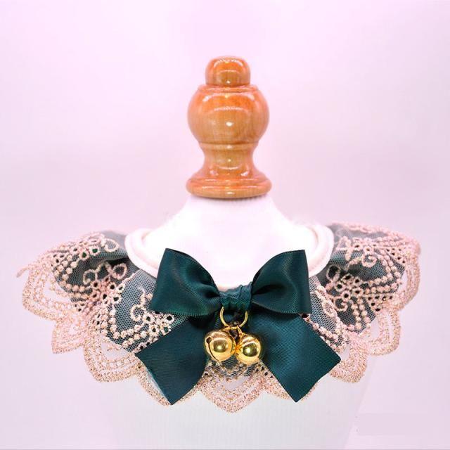 Collares de gatos conduce accesorios para mascotas perro babero cuello campana encaje ajustable kawaii saliva toalla de lujo con