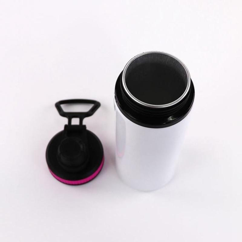 Home 150 pcs sublimação de alumínio em branco garrafas de água 600ml calor resistente ao calor copos de esportes capa branca copos de bebida de capa com punho transporte mar t500476