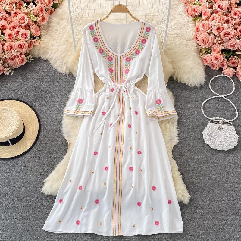 Casual vestidos jastie flare manga o-pescoço grande balanço feriado feriado vestido boêmio étnico bordado retro para mulheres 2021 outono