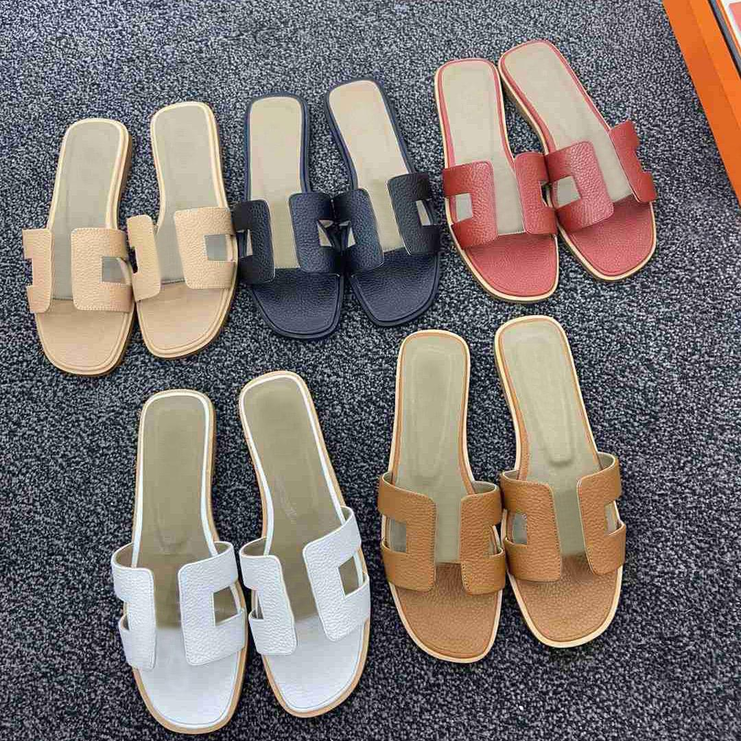 diseñador mujer playa zapatillas verano moda flip chanclas cuero dama metal zapatos mujer plana damas sandalia con caja