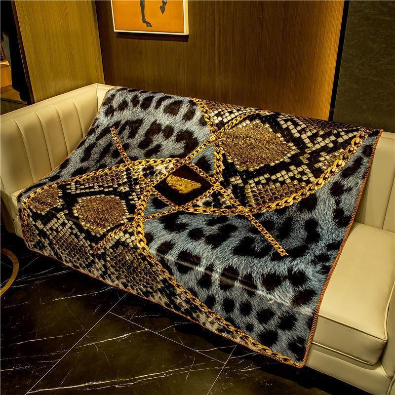 European style Luxurious designer blanket Double layer fox fleece blanket creative patterns bedding quilt shawl Christmas warm gift