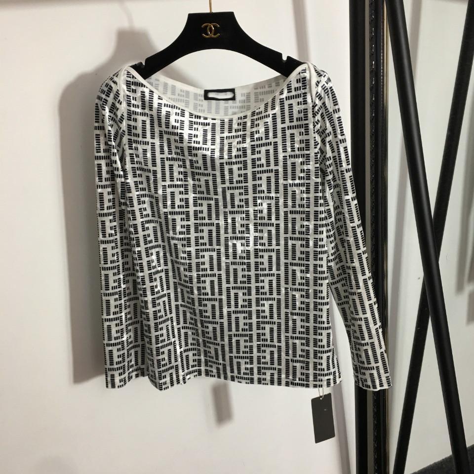 Marka Aynı Stil kadın T-shirt 2021 Sonbahar O Boyun Uzun Kollu Baskı Tasarımcısı Lüks Tees Tops 0829-3