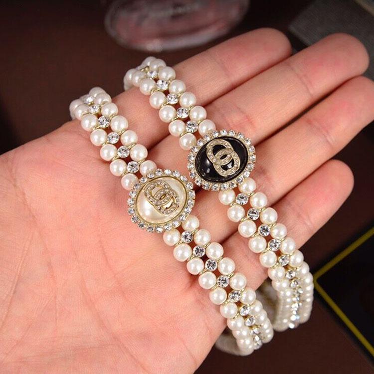 디자인 목걸이 Womensmall 향기로운 진주 우아한 고귀한 기질 목걸이 더블 레이어 디자인 상감 된 다이아몬드 팔찌 느낌