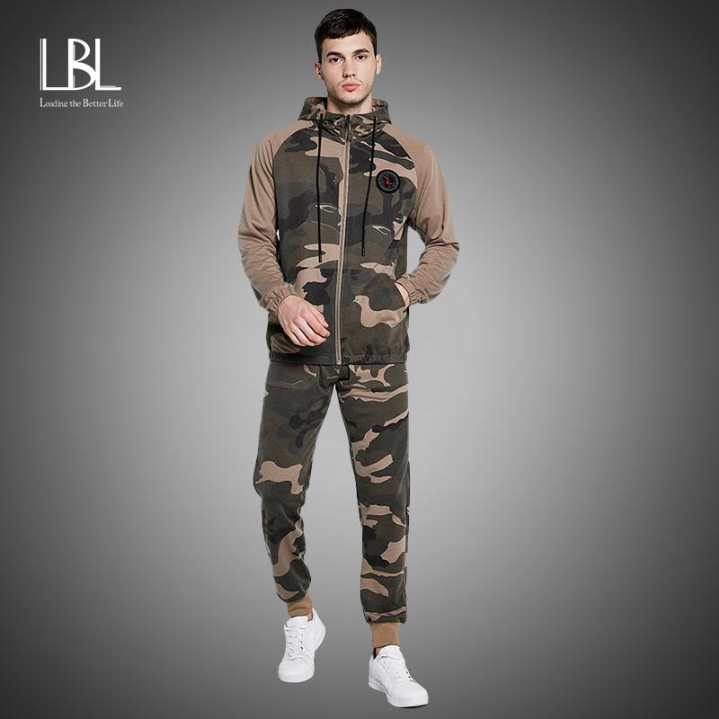 Camo Men Cousssuit 2020 Осень зима теплые толстовки с капюшоном + камуфляжные брюки на молнии бег костюм комплекты активной одежды Sportswear Q0125