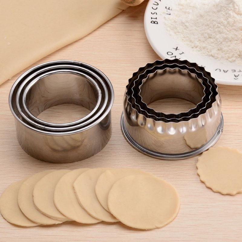 3 stücke Cookie Gebäck Maker Tragbare Knödel Cutter Edelstahl Teig Schneidwerkzeug Runde / Blume geformte Küchengeräte