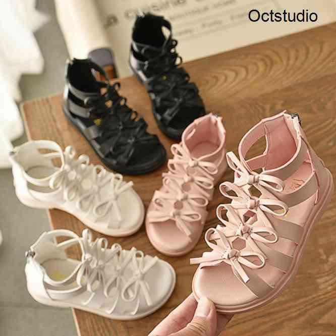 Filles Designer Sandales Été Nouveau Arrivée Chaussures romaines Fille Enfants Princesse Chaussures avec Bow Mode Solid Couleur Sandales pour bébés Nouveau