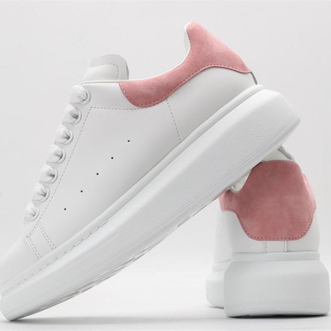45٪ disont 2021 شعبية الأحذية الكلاسيكية عارضة العلامة التجارية ممتازة أعلى جودة لينة الوحيد مريحة خفيفة الوزن سهلة مطابقة للرجال النساء مع المربع الأصلي