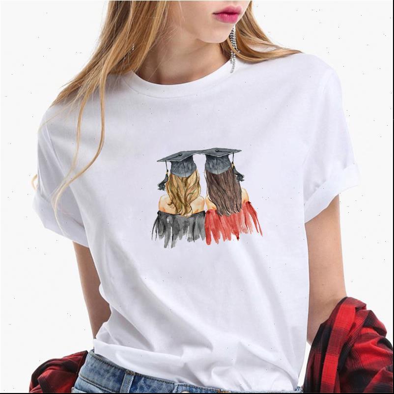 2021 Funny Graphic T-shirt da donna Vogue Urban Laureati Girl Stampa Tee Camicia 90s Best Friends Tshirt T-shirt femminile