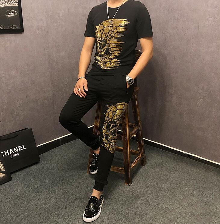 2021 Yeni Yaz Rahat Erkekler T Gömlek Erkek Eşofman Moda Jogger Sporcular Adam Set Pırlanta HSN7