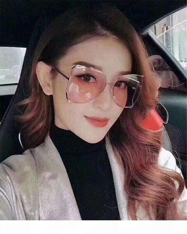 Wholesale-Luxury Gafas de sol de la marca Gradiente de la marca Gafas de sol para las mujeres Pearly Summer Style UV400 Protection Sun Glass viene con el caso 21s