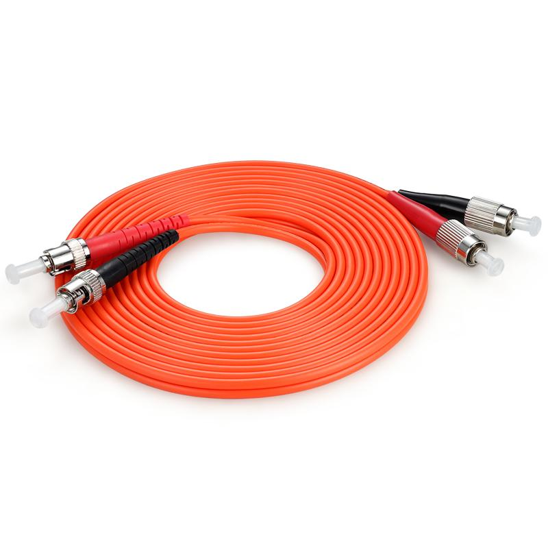 Cordon de raccordage optique à fibre optique de fibre de duplex multimode FC / UPC au câble de canal de fibre de fibre OM2 ST / UPC 50 / 125um 3.0mm 3M Connecteur FC-ST