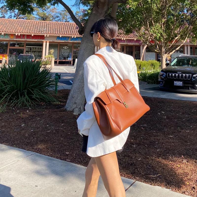 Sacos de noite Designer Clássico Grande Capacidade Mulheres Ombro Brown Senhoras Saco Saco Big Fêmea Bolsa Bolsa Work Fim de Semana 2021