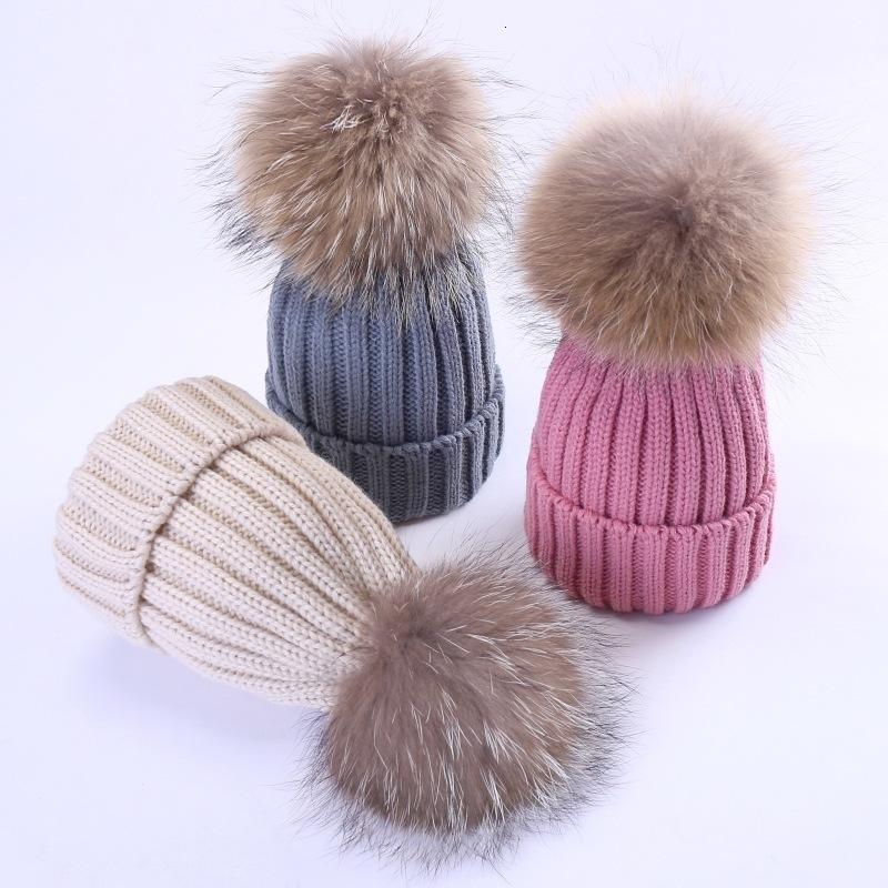 Enfants Automne hiver coréen chaud garçons et filles tricotant chapeau de laine chapeau de chapeau de laine vraie grande boule de cheveux