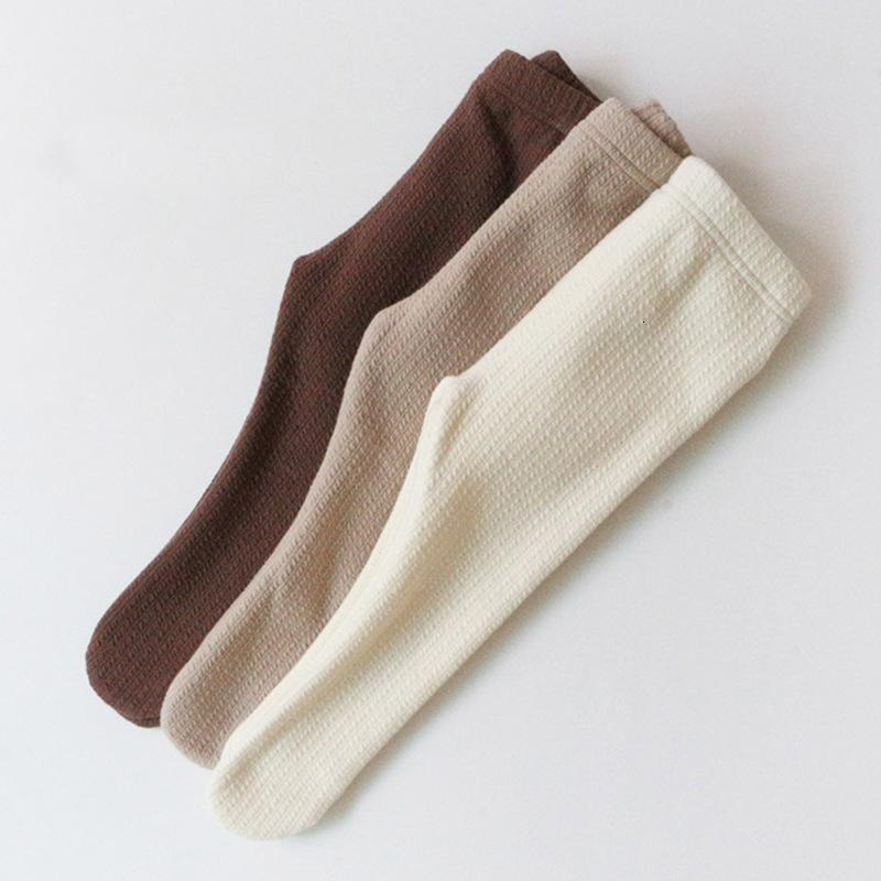 New 2021 Spring Newborn Pantyhose Thicked Warm Gilrs Tights Children Stockings Solid Infant Baby Foot Leggings 3 Colours 70mw