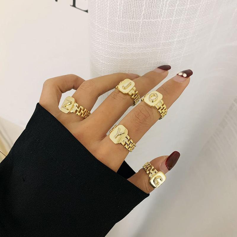 Anello della catena di colore dell'oro di modo più recente per le donne A-Z Lettera Apertura regolabile Anello di apertura Gioielli BAGUE