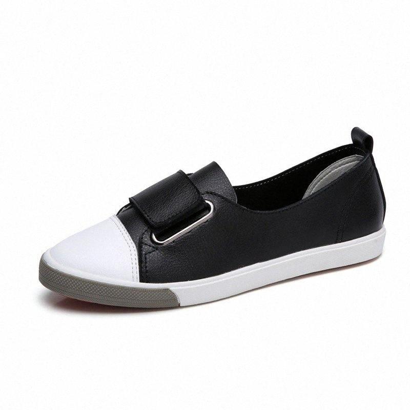 Kadınlar Siyah / Beyaz Sneakers Flats 2019 İlkbahar Yaz Deri Rahat Kanca Döngü Kadın Ayakkabı Nefes Sneakers Kadın Ayakkabı Loafer F0AM #