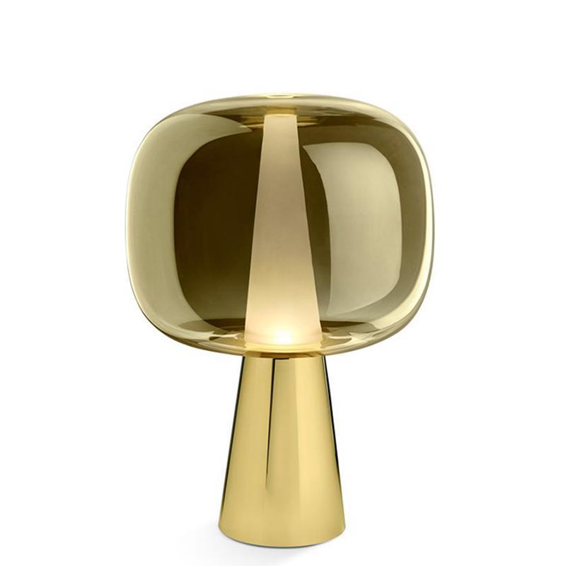 Современный минималистский золотой стеклянный настольный лампа Nordic Гостиная Спальня Спальня Окна Декоративная Настольная лампа