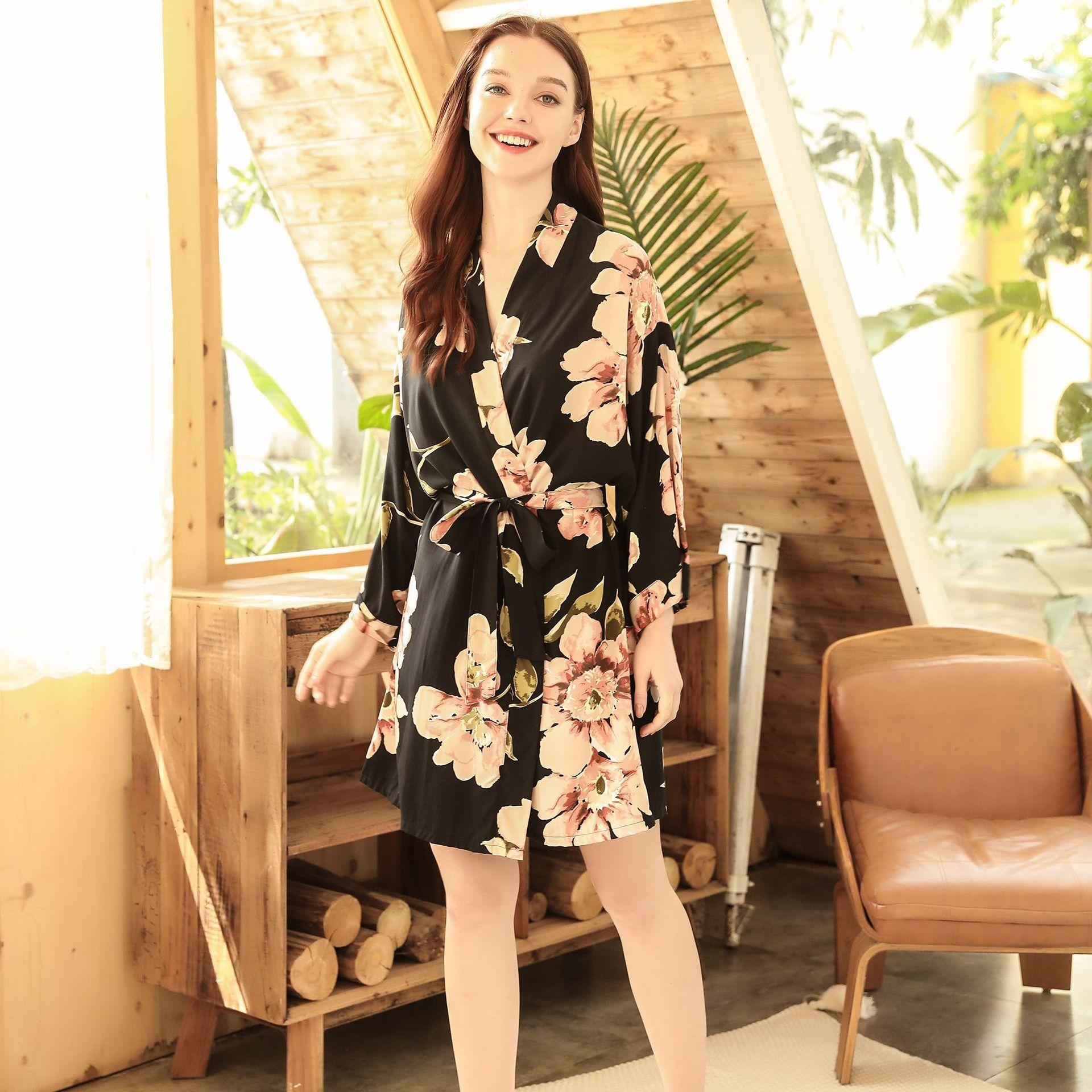 Spring and summer women's thin comfortable single robe casual bandage Mian silk girls' home wear Nightgown