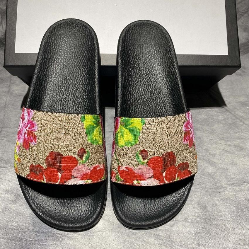 Clássicos Sandal Slipper Slide Sandal Sandália Floral Brocade Mulheres / Homens Sapatos De Fundo De Engrenagem Flip Flip Flops Mulheres Listrado Praia Causal Slipper EU: 35-45