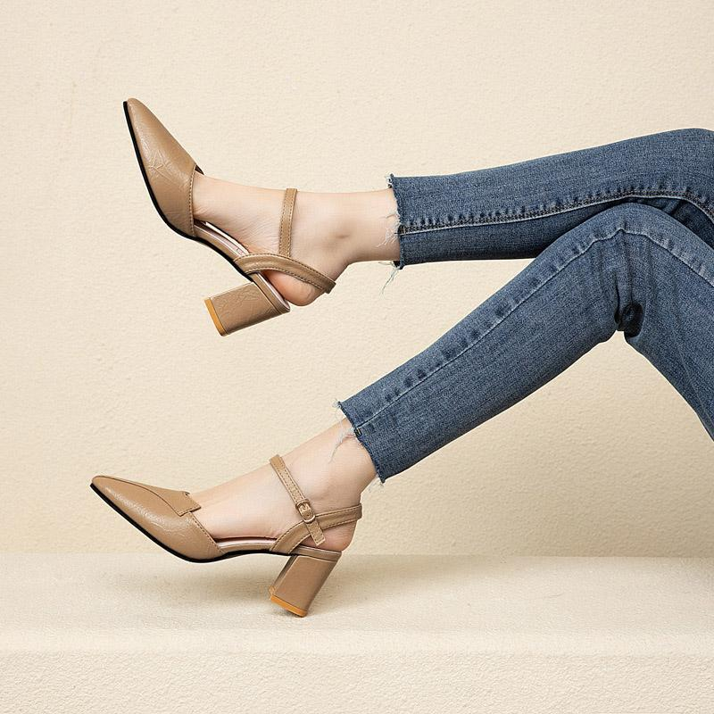 Квадратные каблуки сандалии с пряжкой ремешок мода женская обувь новая дама сексуальные кожаные насосы остроконечные новые женские летняя обувь 2021
