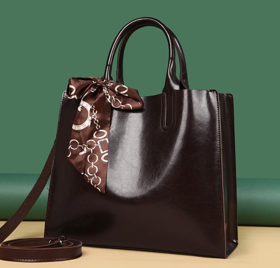 HBP-2021 design de moda marca bolsas mulheres luxo bolsa de luxo oleiness marcas de couro cadeia bolsa de ombro