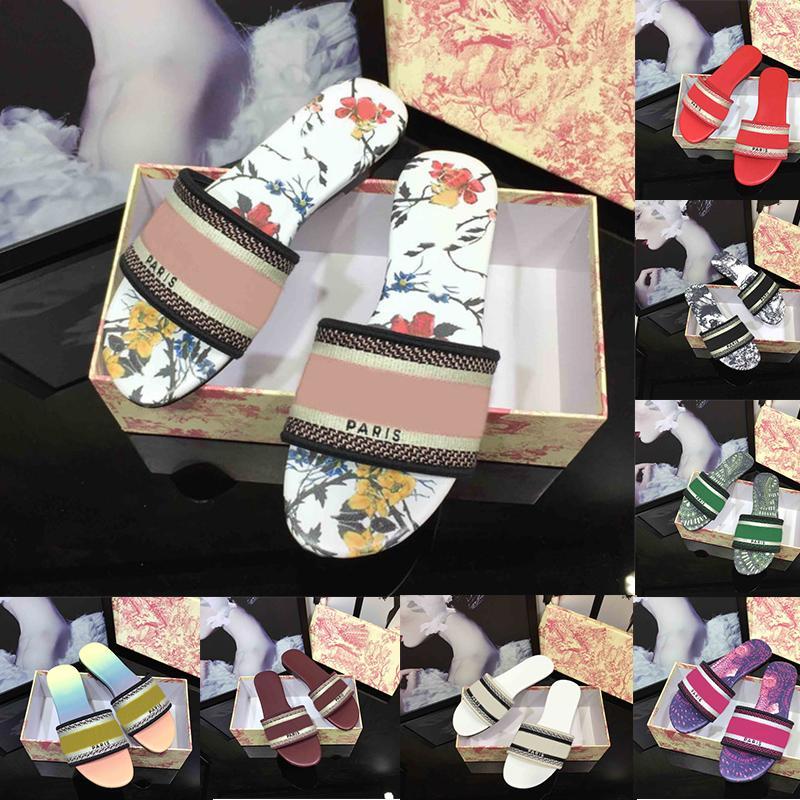 2021 Sandali da donna Pantofole Ricamo Designer Scivoli Sandalo Broccato floreale Infradito Mocassini con pantofola a fiori in pelle a righe