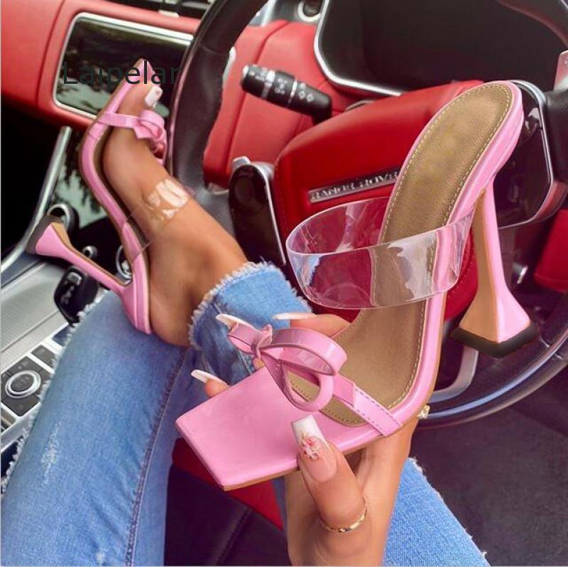 أزياء bowknot مصمم النعال النساء في الهواء الطلق ساحة تو غريب الكعوب السيدات أحذية pvc الشريط شفاف الصنادل