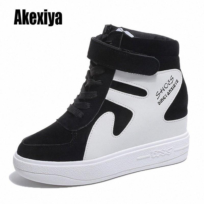 Novas sapatilhas superiores mulheres lace up sapatos casuais com pele quente plataforma lisa plataforma de calçado estudante sólido inverno sapatos k953 inverno bo b3mo #