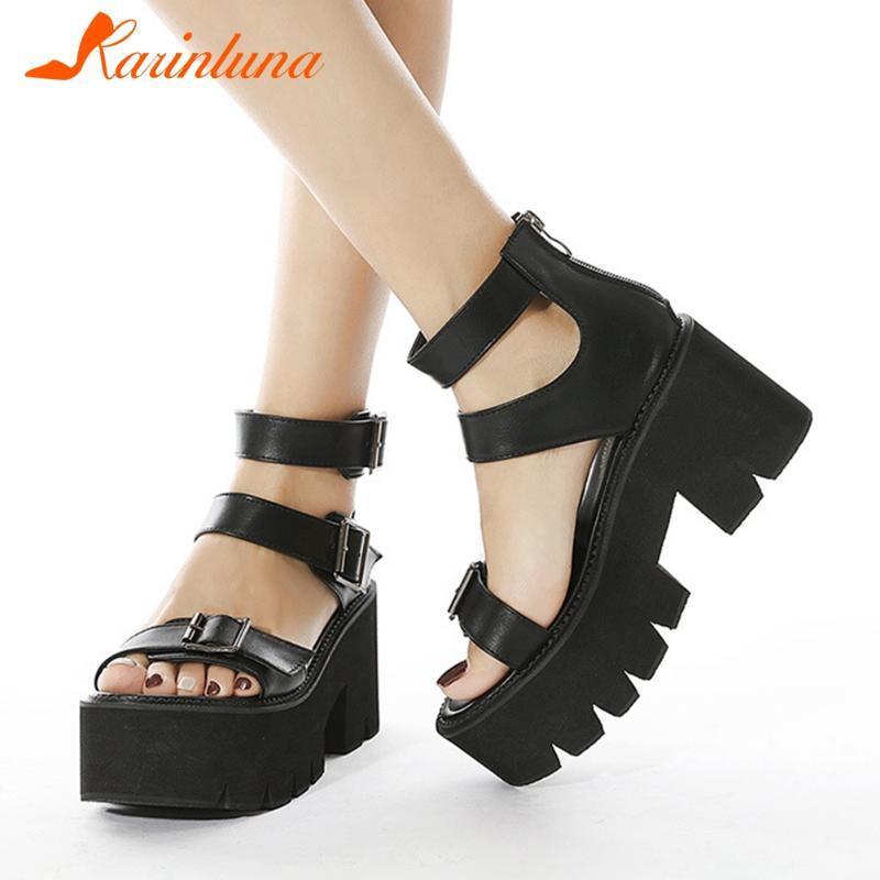 Alta Qualidade Novas Chegadas Gótico Estilo Sapatos Cavel Heel Buckle Straps Punk Doce Meninas Mulheres Sapatos Sandálias Verão Grande Tamanho 42
