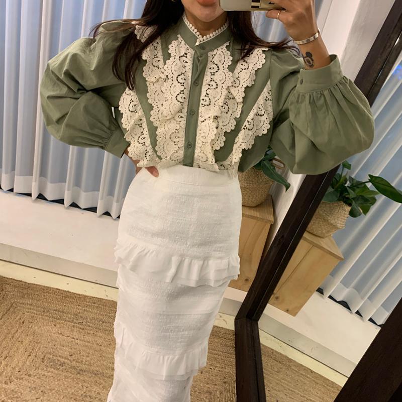 Женские блузки рубашки корейские сладкие элегантные оборки рубашки для дам Шикана на шнуровке, выдолбленные старинные старинные падения мода 2021 прибытие