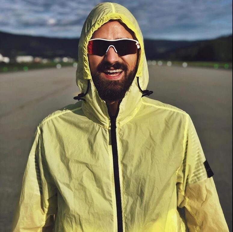 Стиль наружная мужская рабочая одежда ветровка куртка с капюшоном на молнии с длинным рукавом повседневная легкая солнцезащитная пальто