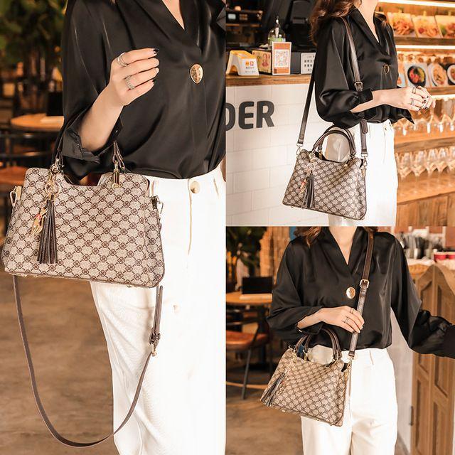 2021 women one shoulder messenger bag Small High quality PU material Wholesale Fashion shoulder Bags Handbag Tote Evening Bags