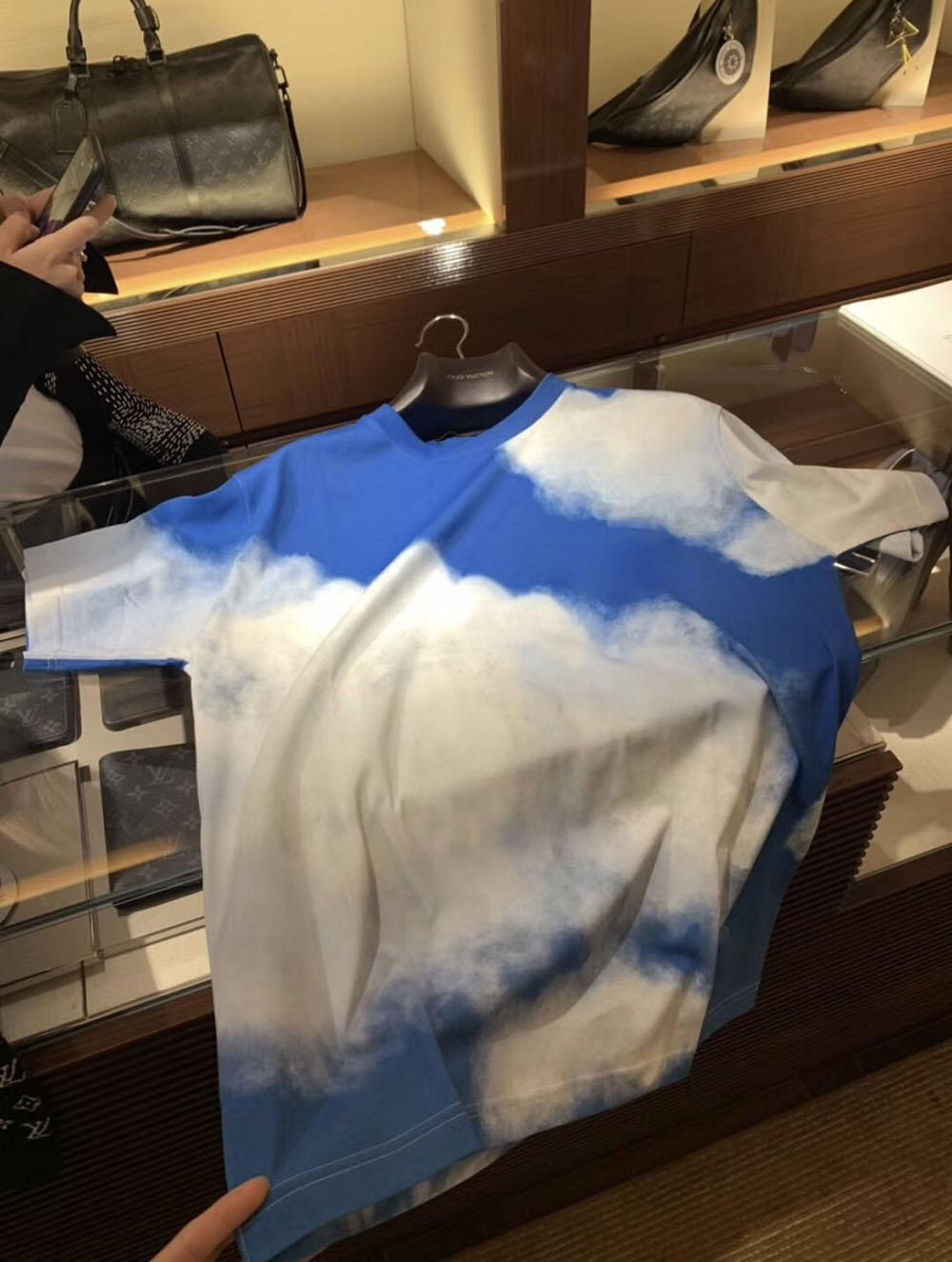Mens Camisetas Pólos Mulheres 20s Hip Hop Street Moda Manga Curta Para Mulheres Top Tees Casuais Impressão Hiphop Homens Descansar Shorts Tops PoloShirt Cloud