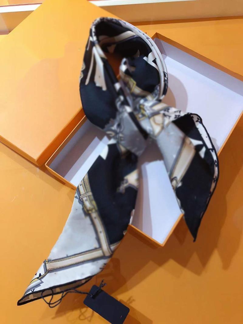 실크 스카프 브랜드 스퀘어 패션 여성의 목 검 치 머리띠 다목적 실크 스카프 90 * 90CM100 % 순수 실크