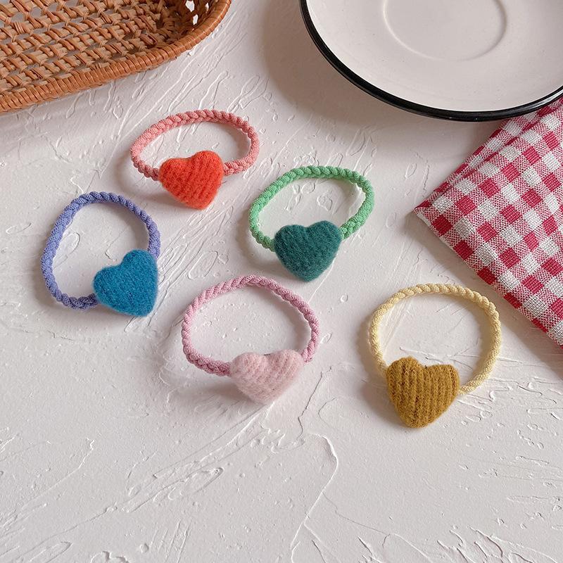 Accessoires pour cheveux Coréen Simple Joli Coloré Coloré Peluche Amour Caoutchouc Rope Headwear Sweet Girl Fashion Ponytail