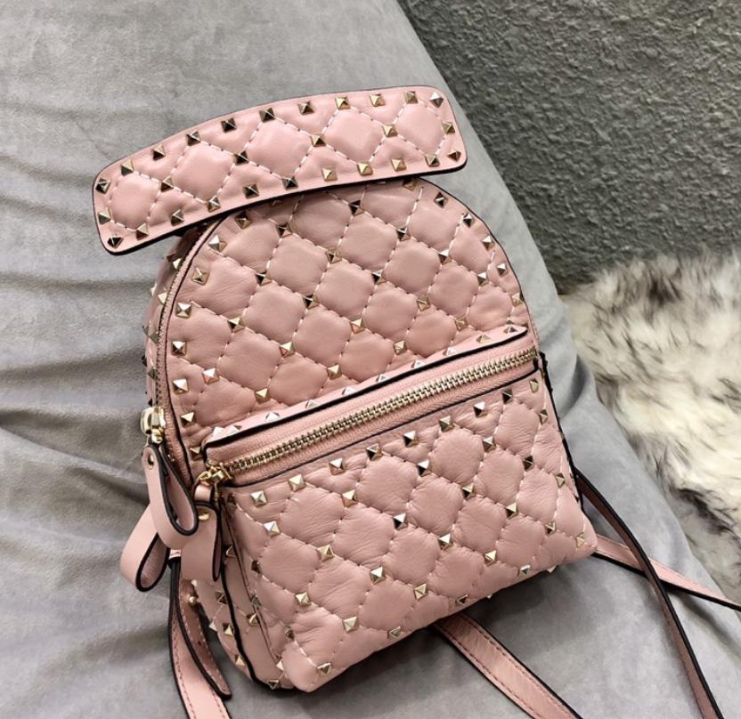 Mini Sırt Çantası Okul Çantası Fannypack Deri Moda Geri Paketi Omuz Çantaları Perçin Koyun Derisi Crossbody Çanta En Kaliteli