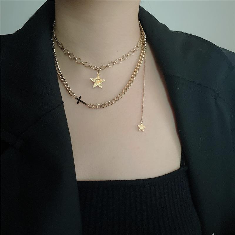 Halskette Edelstahl-kalte Wind-Nelose fünf spitze Sternkreuz-Anhänger Multi-Layer-Frau mit Schlüsselbeinkette