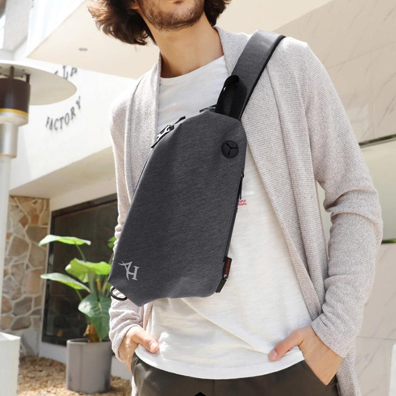 New cool style USB men chest bag waterproof shoulder bag youth sport waist bag Prevent the thief small crossbody pack c180 C0305
