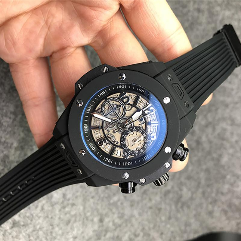 1-7Mens relógios de quartzo Movimento Automático Data Calendário All Dial Trabalho Couro de Borracha Strap ao ar livre Sports Business Montre de Luxe Designer