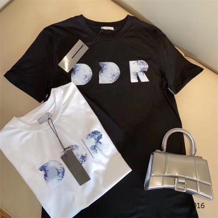 2021 남성 여성 디자이너 T 셔츠 패션 남자 S Womens 캐주얼 T 셔츠 남자 파리 거리 반바지 옷 티셔츠 슬리브 의류 Tshirts 21SS