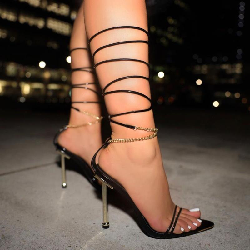 2021 Mode d'été Sexy Style Roman Style Strap Sandale pointu Stilletto High Heel Sandales Couleur Solid Open Toe Plus Femmes Sandales