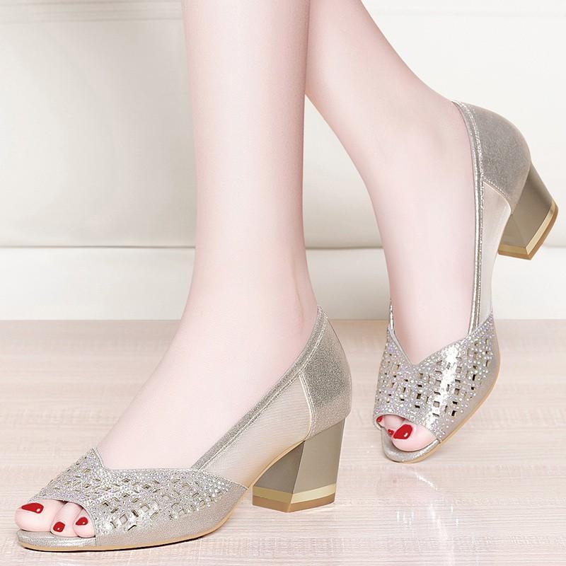 2020 Yaz Ayakkabı Kadın Peep Toe Pompaları Bling Yüksek Heeld Sandalet Elbise Ayakkabı Kesme Bayanlar Ayakkabı Mesh Tekne Siyah 6620n