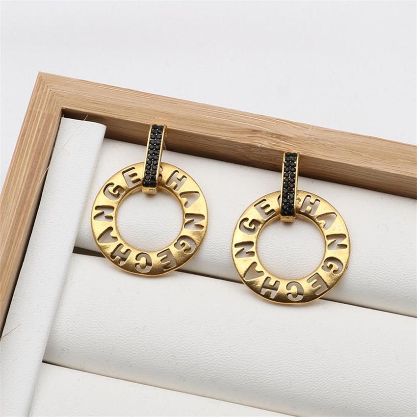 Серьги круга писем, выдолбленные азиатские золотые моды уха орнаментыvu0img