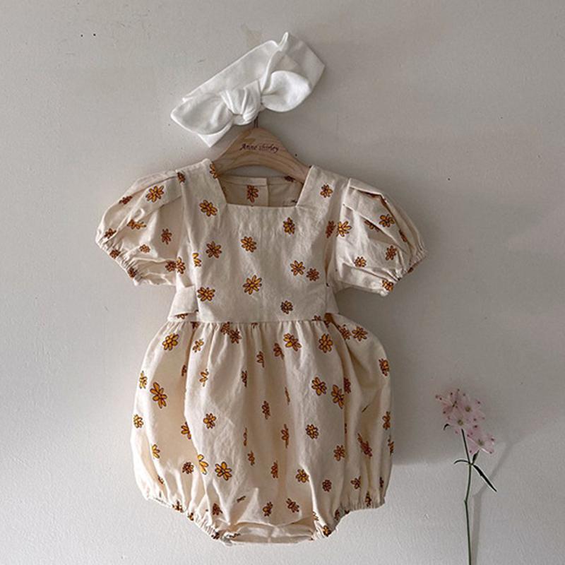 Девушки комбинезон комбинезон 0-3 лет Корейский девочка девочка цветочная цельная одежда шорты рукава малыша детская одежда 210303