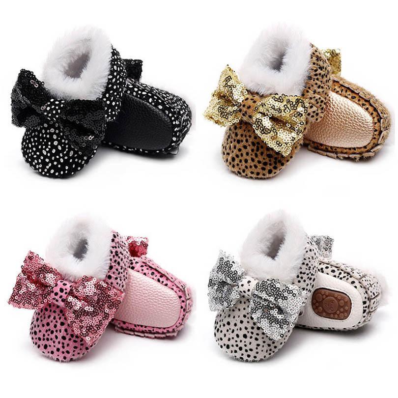 أحذية الرضع أحذية طفل الفتيات الأحذية 0-1T ليوبارد bowknot طفل أحذية الخريف الشتاء الأخفاف الناعمة الأولى ووكر الأحذية الترتر الأحذية B4096