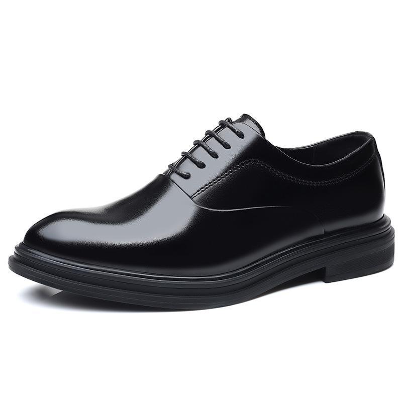 İlkbahar Sonbahar Basit Büyük Boy Erkek Elbise Ayakkabı Sivri Yükseklik Artan Erkekler Su Geçirmez Örgün İş Deri Ayakkabı Erkekler Için