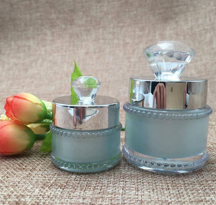 2021 Elegant 5g 10g Acrylic Eye Cream Bottle Refillable Sample Mask Jar Frosted Color with Diamond Cover Lady Favor