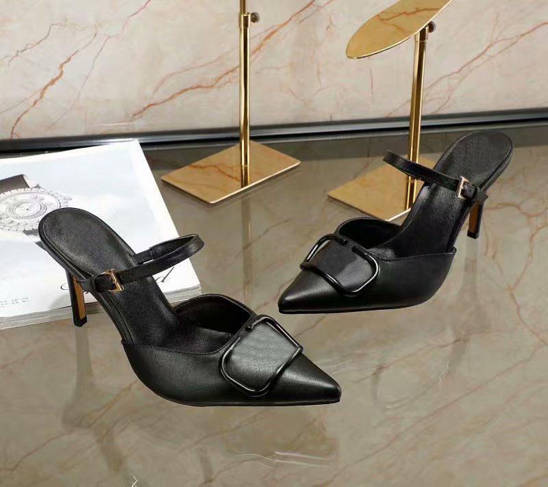 valentino Net Haute Qualité Classic Mesdames High Talons Fashion Beach Sandales Plateforme Pantoufles Sandales Sandales Lettre Chaussures Vt10