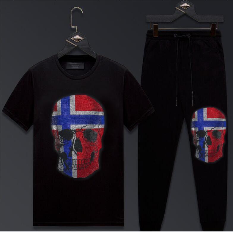 2021 New Summer Trainingsanzug Set Kurzarm Tshirt + Jogging-Jogging-Diamant-Stein-Sweatsuit für Männer H884